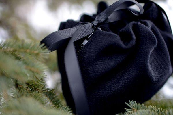 sac poncho noir